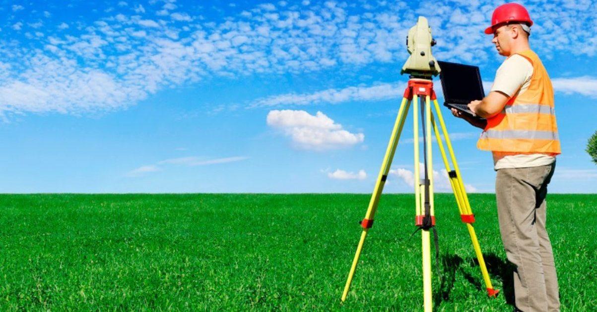 Кто делает межевание земельного участка и что для этого нужно?